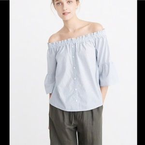 Abercrombie & Fitch Poplin Off the Shoulder Top